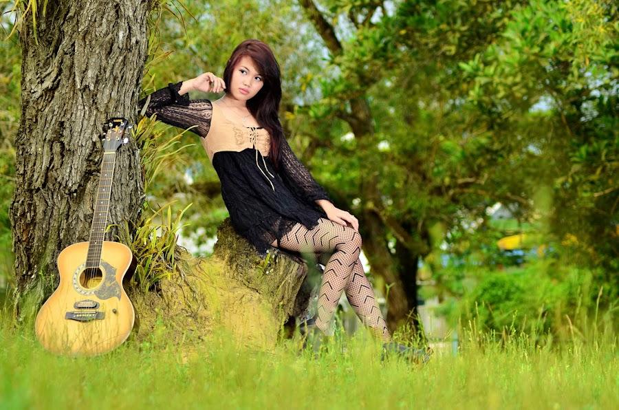 classic musical by Vaar Photowork - People Fashion