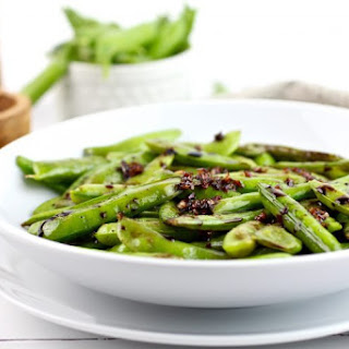 Sautéed Snap Peas with Balsamic Garlic Reduction