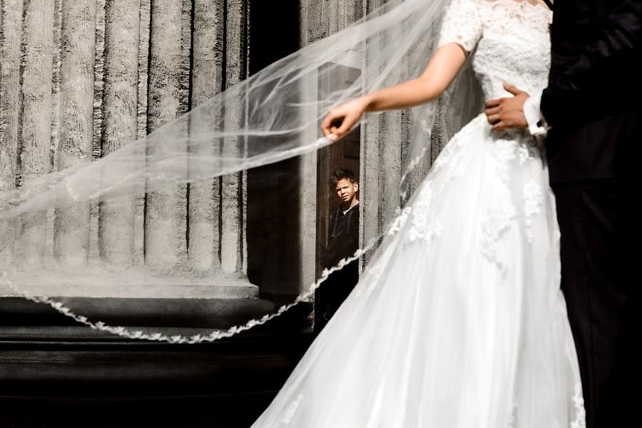 Wedding photographer Andrey Zhulay (Juice). Photo of 30.11.2019