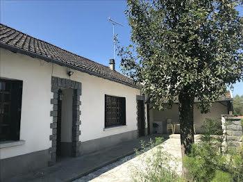 maison à La Roche-Canillac (19)
