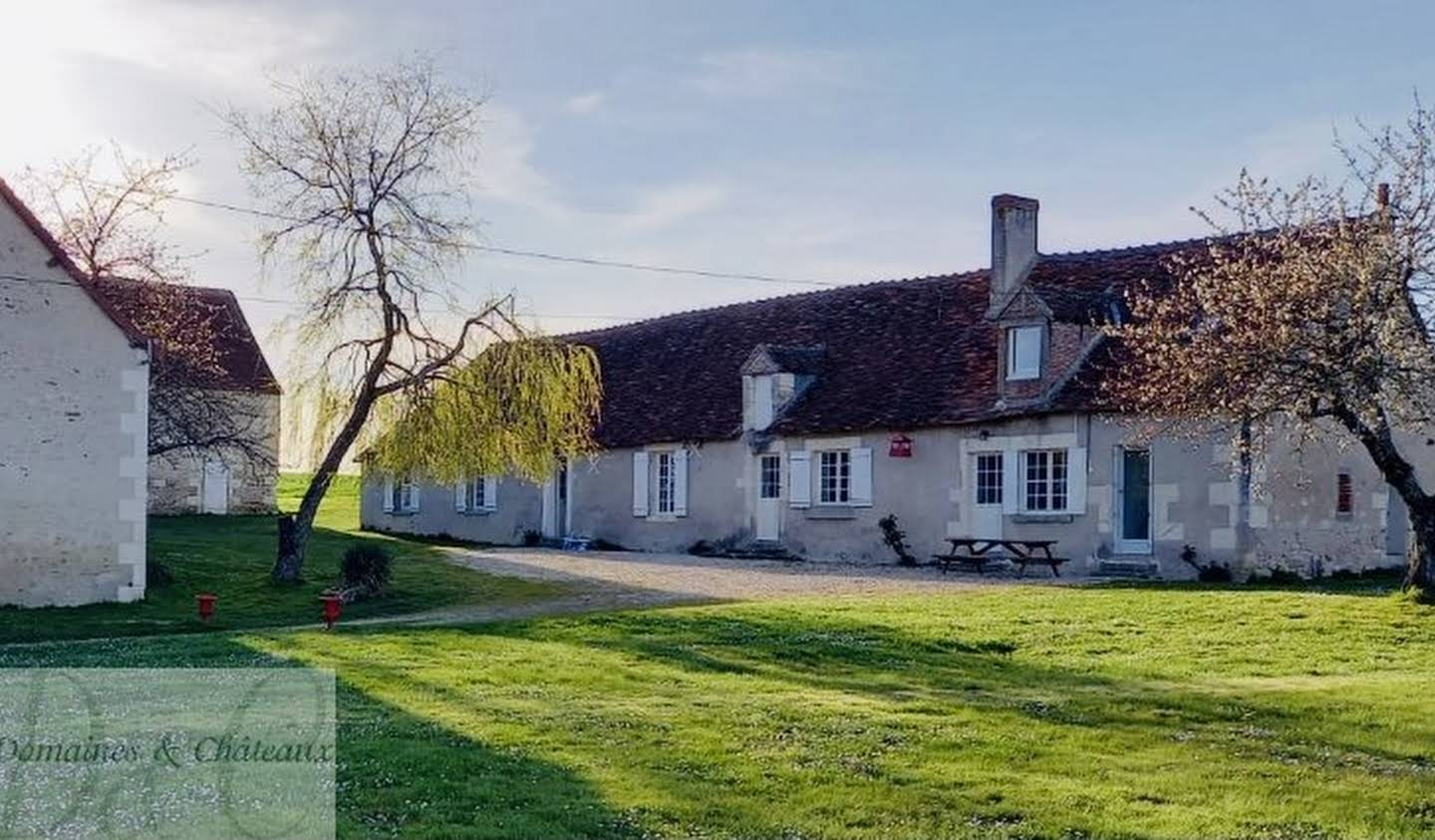 Property with pool Loches