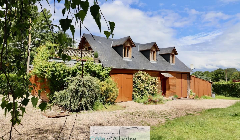 House with terrace Saint-Aubin-sur-Mer