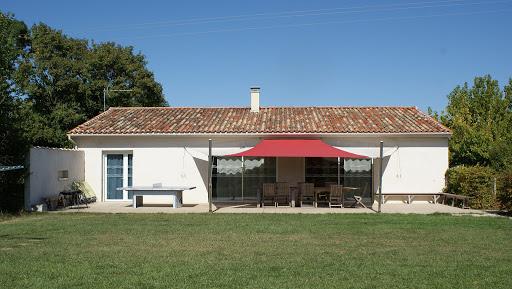 La Grange gite 4 étoiles 8 personnes Les Grandes Chaumes à Surgères accessible tous handicaps à Surgères en Charente Maritime Aunis Marais Poitevin