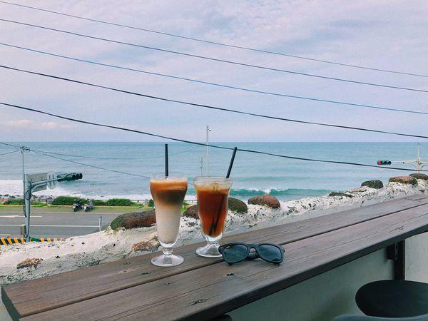 金山跳石沒有名字的咖啡店🌊眺望海!發呆喝咖啡