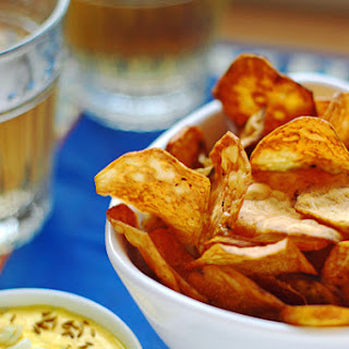 Cutting Loose - Batata Chips with Ají Amarillo Crema Dip