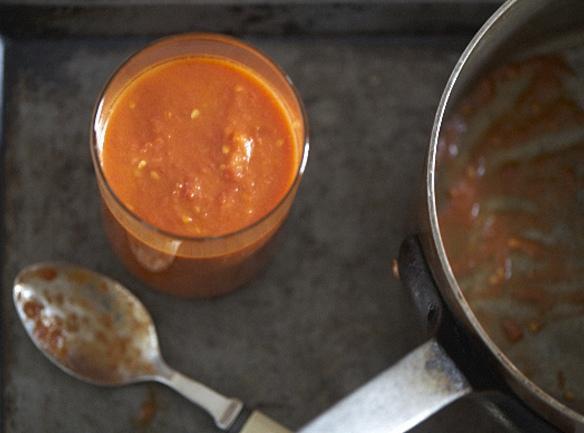 Marcella Hazen's Tomato Sauce With Onion & Butter Recipe