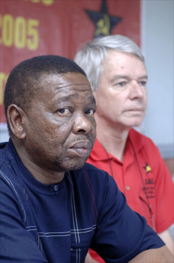 OPPOSED: BEE has benefitted only elite, says Blade Nzimande. 22/07/07. Sowetan.  Blade Nzimande SACP General Secretary and Jeremy Cronin SACP Deputy General Secretary. Pic: Tyrone Arthur. 27/11/05. © Business Day.