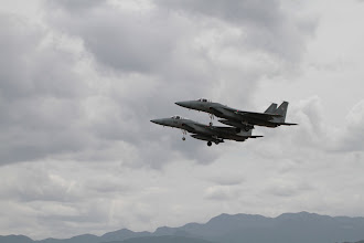 Photo: 編隊飛行のF-15J 90mmで撮影