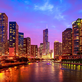 Chicago River by Dmitriy Andreyev - Buildings & Architecture Office Buildings & Hotels (  )