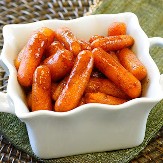 Slow Cooker Cinnamon Sugar Glazed Carrots
