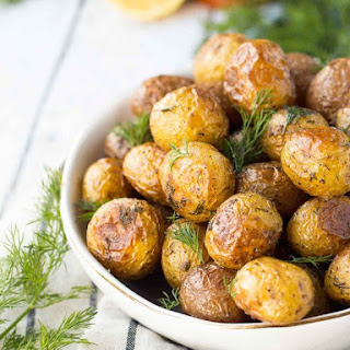 Dill Roasted Potatoes with Lemon (so easy!)