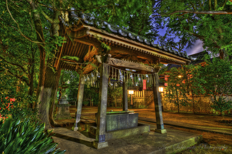 Photo: Shrine at Night, HDR