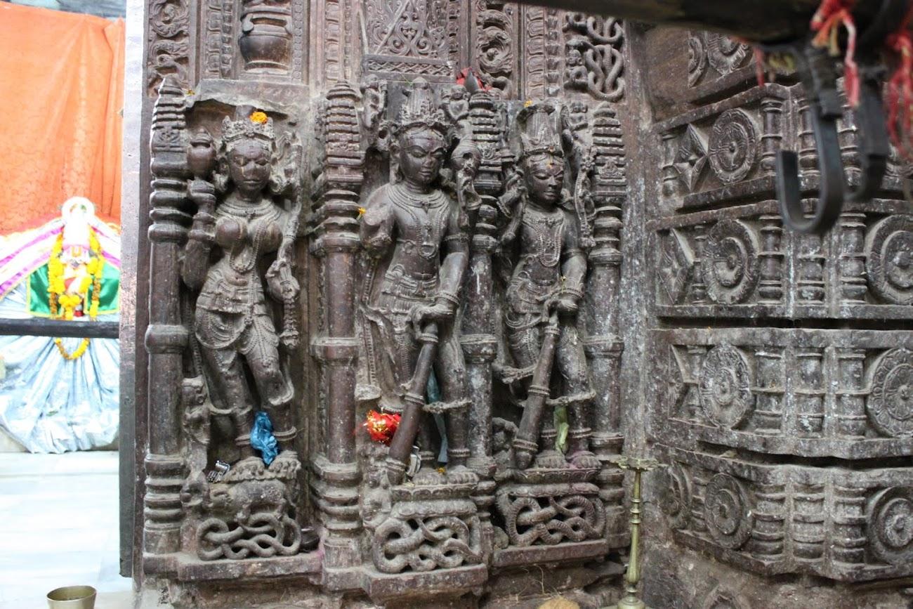 Ganga with dvarpalas