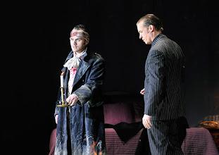 Photo: Theater an der Wien: La mère coupable Oper in drei Akten von Darius Milhaud . Premiere am 8.5.2015. Andrew Owens, Stephane Loges, Copyright: Barbara Zeininger