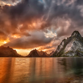 Lofoten by MIlen Chalyovski - Landscapes Travel