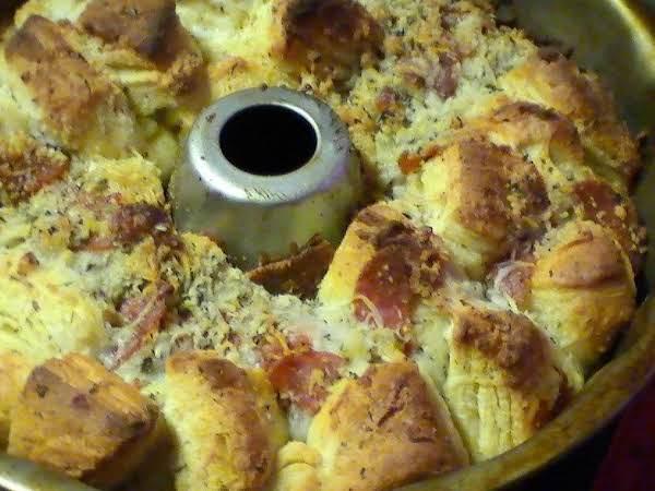 Kids' Favorite Game Day Pizza Bread Recipe