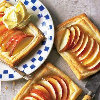 Apple And Lemon Curd Tarts