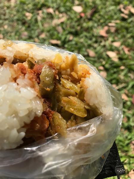 【叼食文】台中–▲傳統早餐-熱呼呼的糯米+酥脆油條,35元銅板價的古早味飯團