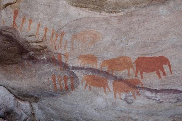 Felszeichnungen der Koisan in den Stadsaal Caves