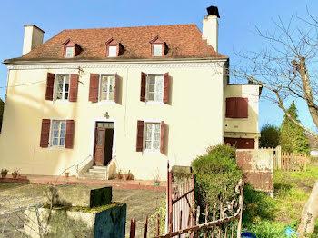 villa à Lescar (64)