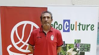 José González renueva como entrenador del CB Almería.