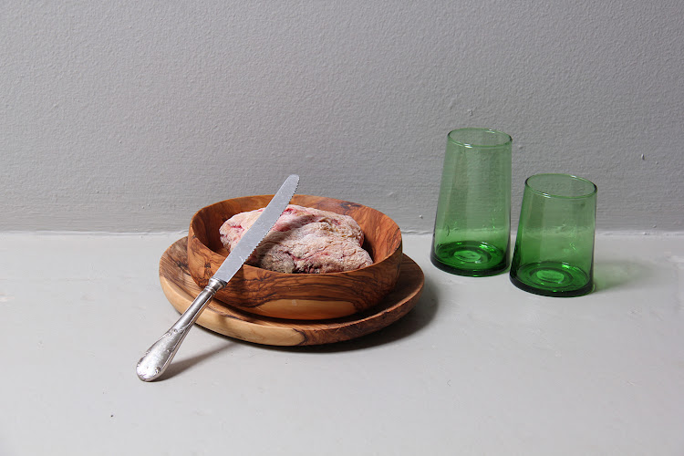 The Storer Olivewood Plate and Bowl Set.