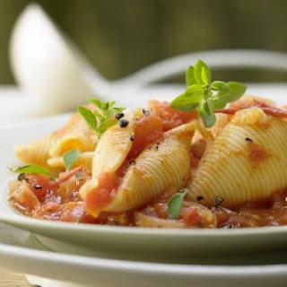 Pasta Shells in Tomato Sauce