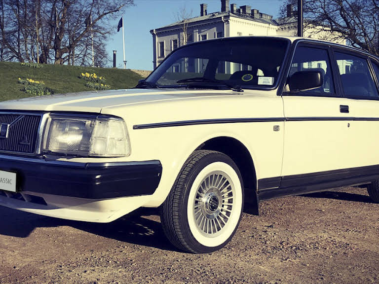 Volvo 244 Hire Jonsered
