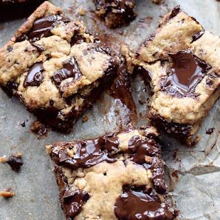 CHOCOLATE CHUNK NUT BUTTER BLONDIES.