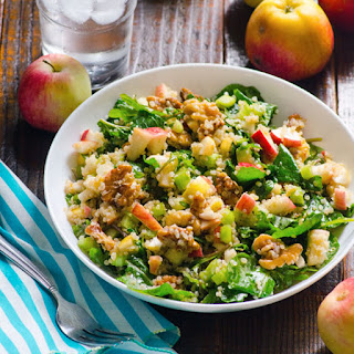 Kale and Quinoa Salad with Cinnamon, Apples and Walnuts.