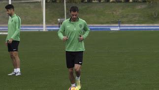 Joaquín Arzura entrenó con normalidad.