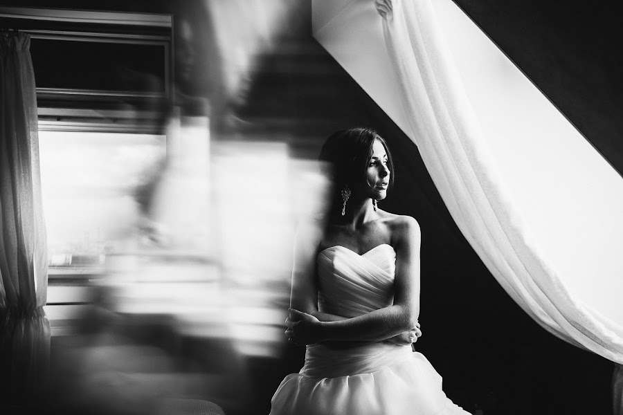 Wedding photographer Slava Semenov (ctapocta). Photo of 01.06.2015