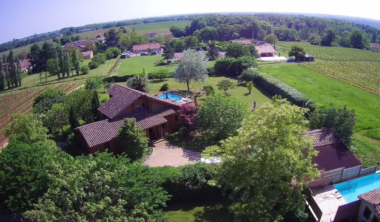 Propriété avec piscine et jardin Saint-Emilion