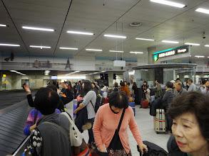 Photo: 半分くらいの人の荷物がなかなか来ません。