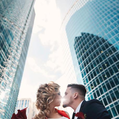 Wedding photographer Boris Klenov (moreno). Photo of 17.10.2017