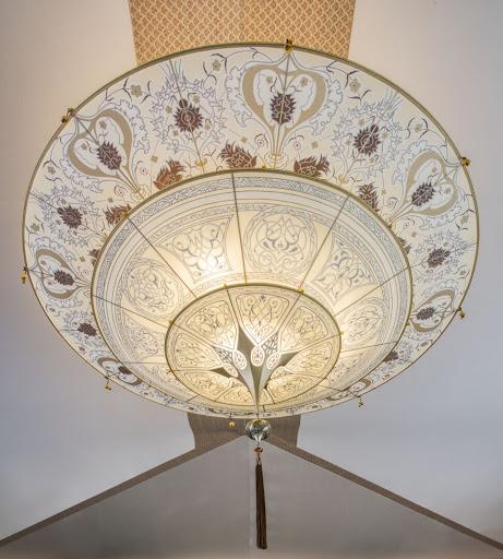 ss-la-venezia-light-fixture.jpg - A Fortuny decorative chandelier in the lobby of Uniworld's S.S. La Venezia.