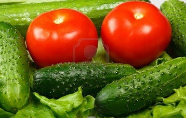 Pam's Easy Cuke And Mater Salad Recipe
