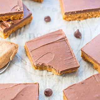 Easy No-Bake Reese's Chocolate Peanut Butter Bars (with Healthier Options).