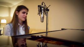 La joven espera que muchas personas puedan escuchar y cantar su canción el próximo 21 de mayo.