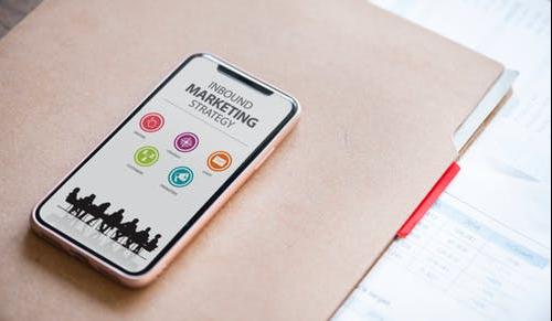 Editorializ conçoit et rédige des pages de vente et des contenus ciblés, pour votre inbound marketing et vos sites e-commerce.