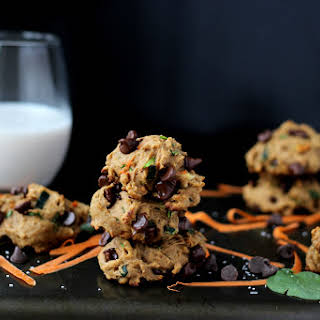 Healthy Chocolate Chip Cookies with Spinach, Carrots and Zucchini.