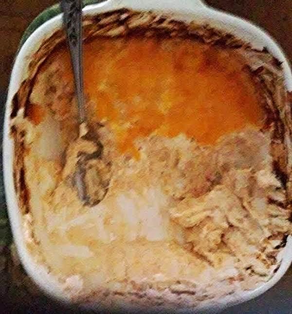 Linda's Baked Cheesy Crab Dip Recipe