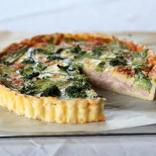 Lunchbox Bakes – Ham, Cheese and Broccoli Quiche.