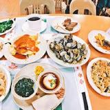 台中牛排館&元太祖蒙古烤肉(公益店)