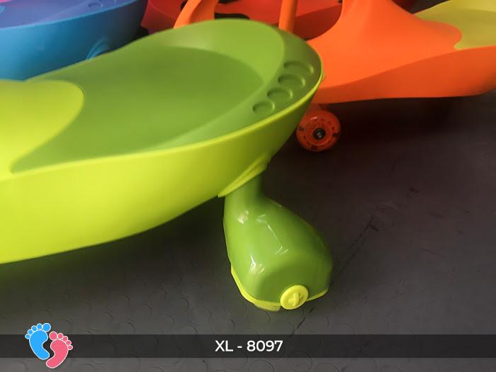 Xe lắc đồ chơi cho bé Broller XL-8097 21