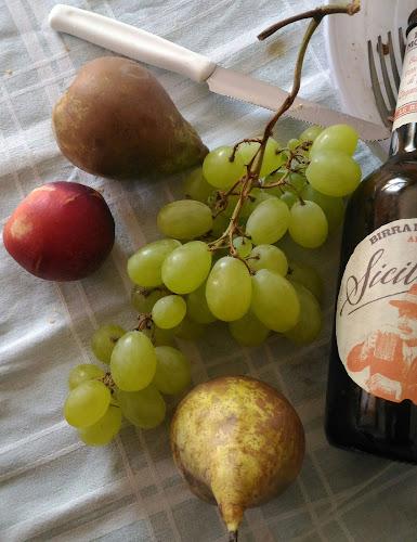 frutta di stagione siciliana  di salvophotographer72