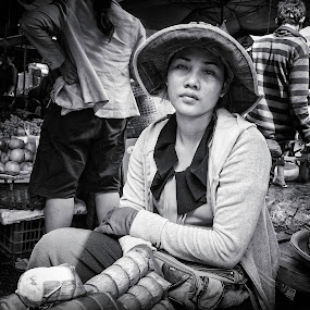 Fish Market by Liaunya Haji Awengz - People Street & Candids