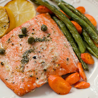 Salmon Sheet Pan Dinner.