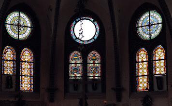 Photo: oh jemine das Fenster in der Waldkapelle