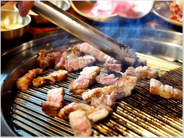 正宗韓國烤肉Meat Love 橡木炭直火烤肉  奢華上市